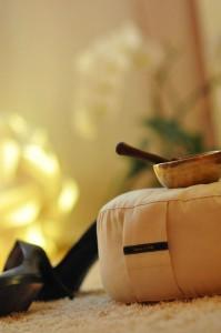Atemübung, Praxis für Stressbewältigung, Meditationskissen